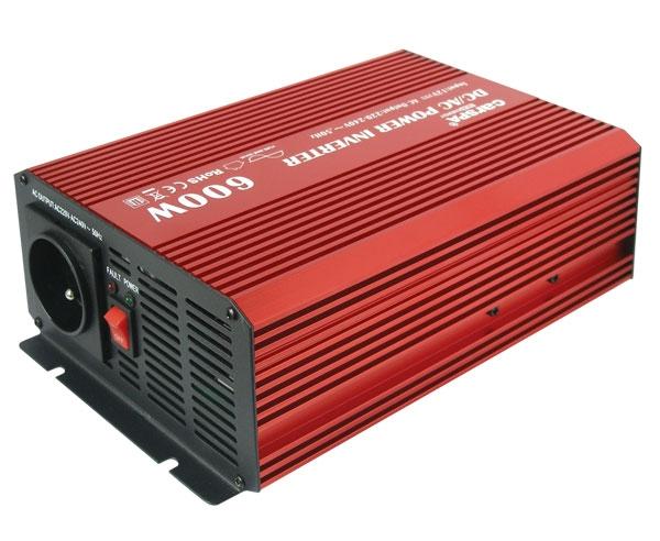 174018cb2b315 Menič napätia DC/AC 12V/230V-50Hz OFF-GRID CARSPA P600U 12V/600W+USB Čistý  Sínus